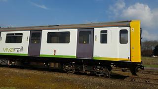 D Train Test Train ()